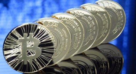 Курс Bitcoin впервые в истории превысил 6,5 тысячи долларов