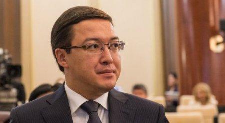 Акишев ответил на вопрос о передаче пенсионных накоплений частникам
