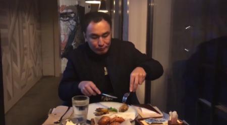 Где в Казахстане можно поесть за 500 тенге - блогер запустил Baibek Challenge