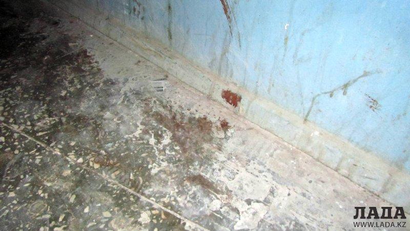 В 5 микрорайоне Актау убили мужчину