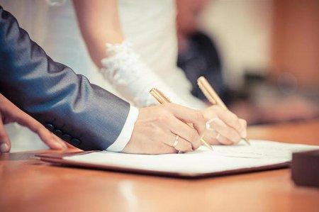 Нурлан Ермекбаев объяснил, почему важно заключать официальный брак