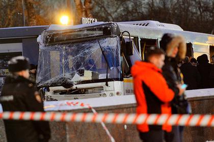 Водитель влетевшего в переход автобуса рассказал об аварии