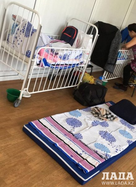 Жительница Актау пожаловалась на условия в детской инфекционной больнице