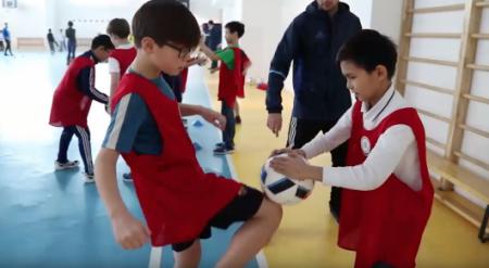 Урок футбола внедрен в 215 школах Казахстана