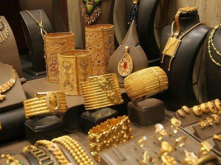 Не больше килограмма золотых украшений вынуждены в месяц выпускать ювелиры РК