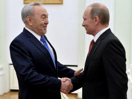 Путин направил поздравительную телеграмму Назарбаеву