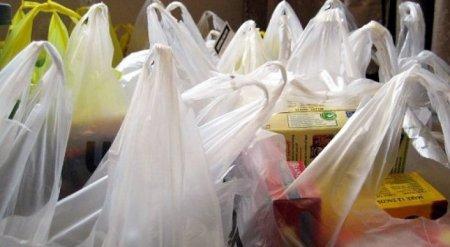 Бесплатную выдачу полиэтиленовых пакетов хотят запретить в Казахстане