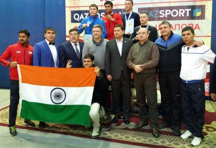 Нурлан Сабиров из Актау завоевал «серебро» на международном турнире по боксу в Караганде