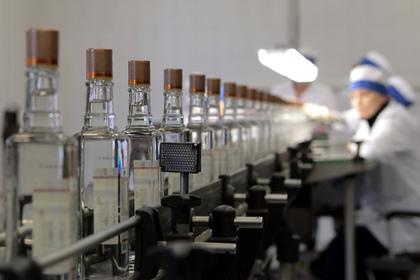 В России бутылки с алкоголем предложили дополнить устрашающими картинками
