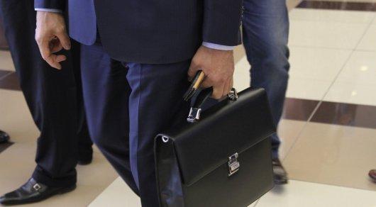 Сколько госслужащих рекомендовали повысить и уволить после аттестации