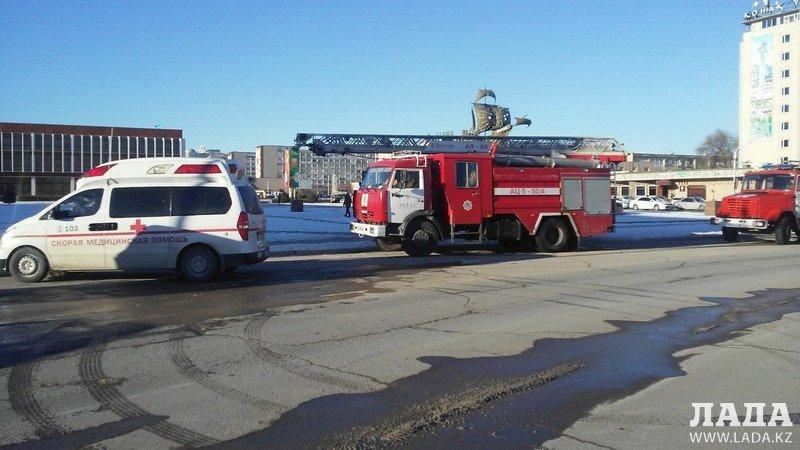 Сотрудников банка эвакуировали в Актау
