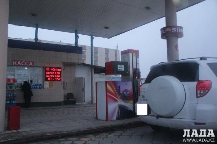Обзор ситуации на автозаправках Актау 5 января