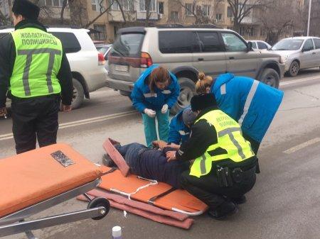 В Актау машина сбила мужчину между 5 и 7 микрорайонами