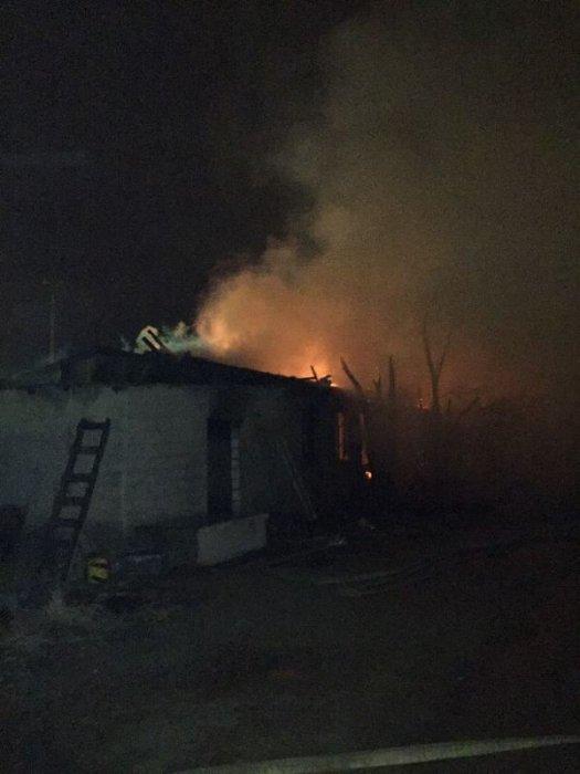 Центр чистки ковров сгорел в Актау