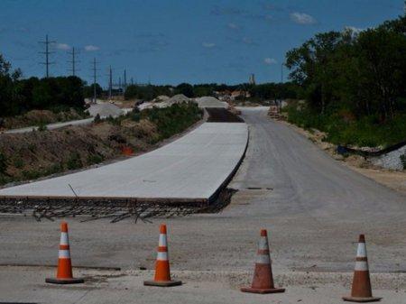 Отказаться от строительства бетонных скоростных трасс в РК призвал депутат