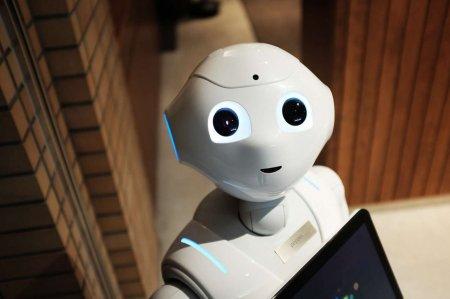 В Шотландии уволили первого робота-продавца за тупость