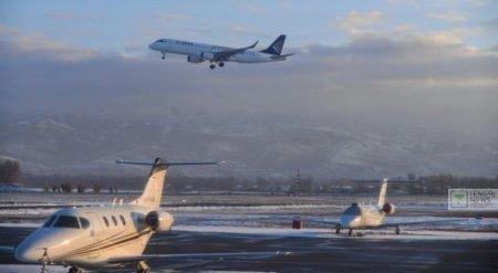 Касымбек прокомментировал ситуацию между аэропортами и авиаперевозчиками