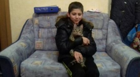 Бездомный кот всю ночь согревал пропавшего мальчика в России