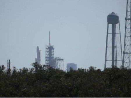 Илон Маск объявил дату запуска ракеты-носителя Falcon Heavy