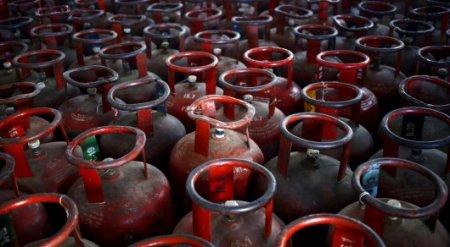 Цена на газ растет два раза в год - депутат о повышении цен на продукты