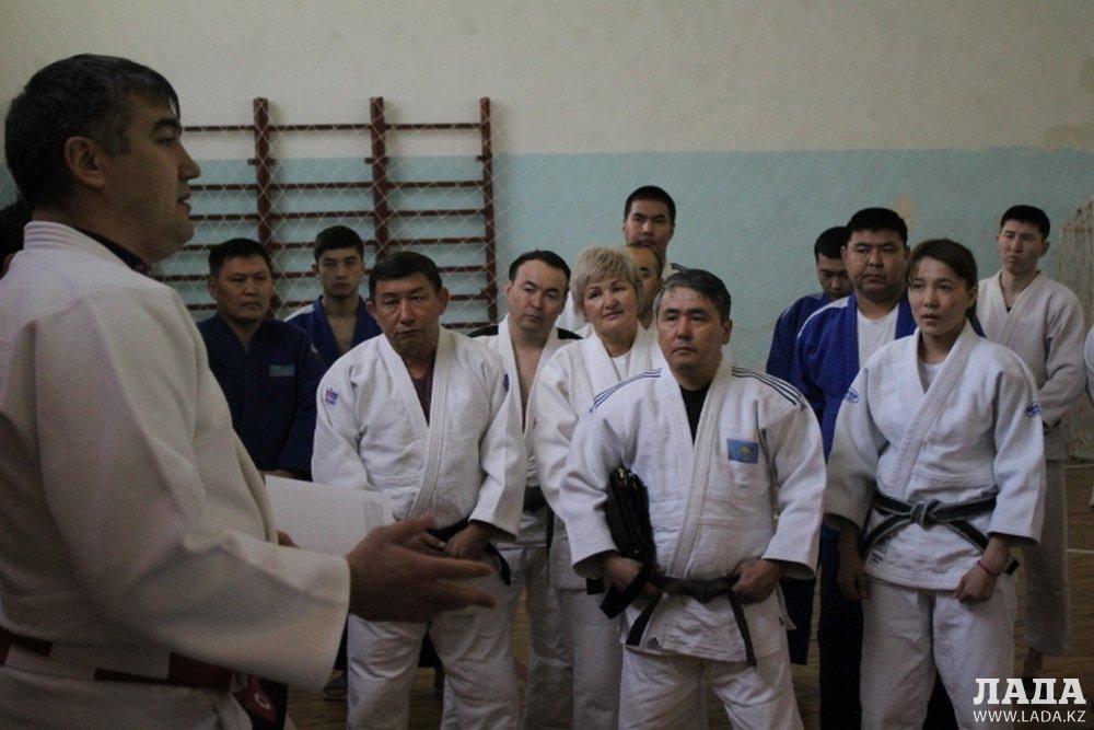В чемпионате РК по дзюдо в Актау примут участие свыше 300 спортсменов