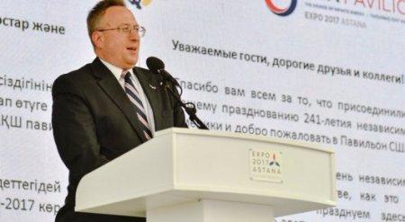 Санкции не касаются Казахстана - Джордж Крол