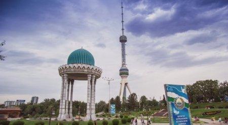 Шавкат Мирзиеев разрешил туристам фотографировать Узбекистан