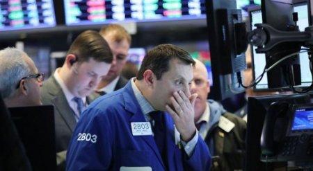 Биржи США вновь рухнули - второй худший в истории день для Dow Jones