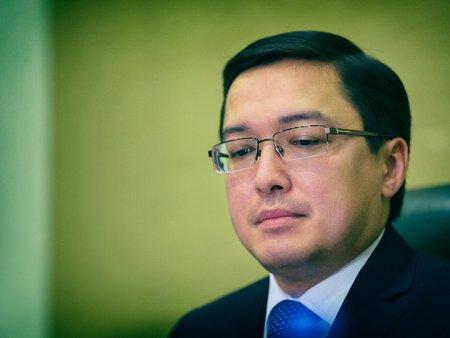 Назарбаев Акишеву: Что «спасибо»? Ты давно должен был это сделать