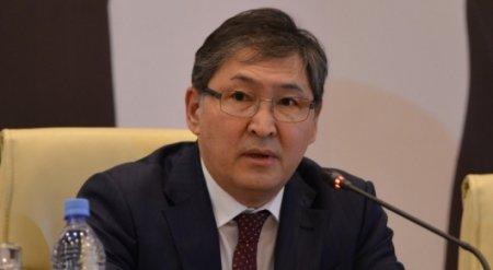 Ерлан Сагадиев рассказал о новой системе оплаты труда учителей