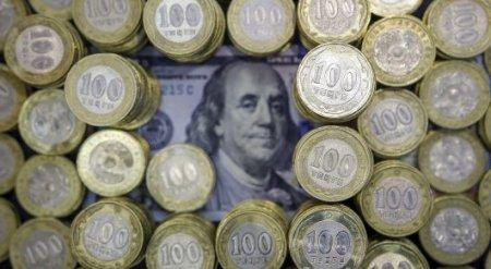 На 74,6 миллиарда долларов вырос внешний долг Казахстана за 10 лет