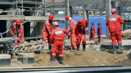 Массовая драка между китайскими рабочими и охранниками произошла на Атырауском НПЗ