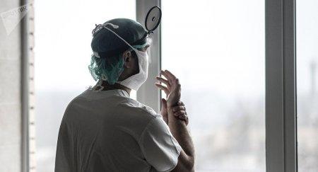 Казахстанский врач предложил коллегам лечить детей-сирот бесплатно