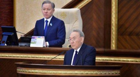 Назарбаев предложил снизить налоги в 10 раз для 2 миллионов человек