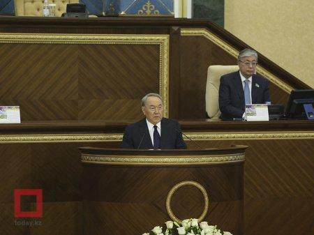 Назарбаев распорядился о строительстве студенческих общежитий на 75 тысяч мест