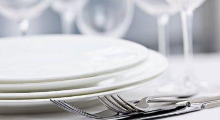 Неизвестные забежали в парижский ресторан, сняли скальп с посетителя и ушли