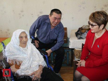 Старожил Караганды поделилась с женщинами секретом долголетия