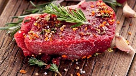 Меньше потреблять соль и красное мясо призвал казахстанцев эксперт