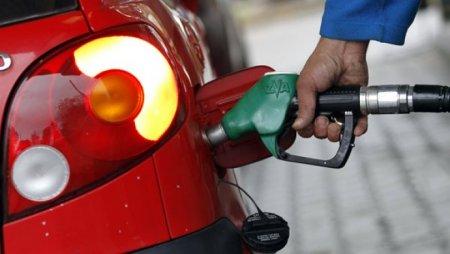 Этим летом в Казахстане вновь может подорожать бензин
