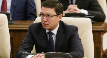 Тенге не привязан к рублю - Данияр Акишев
