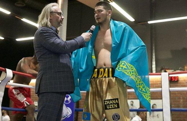 Жанаозенский боксер Уалихан Бисенкулов одержал третью победу на профи-ринге в России