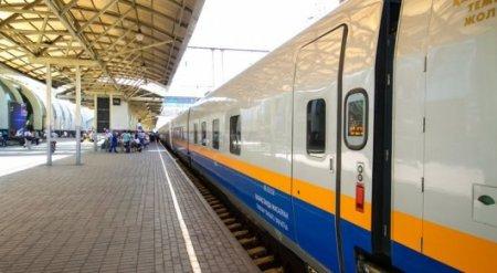 Дополнительные поезда запустят на майские праздники в Казахстане