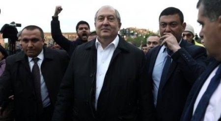 Президент Армении назвал причины протестов в стране