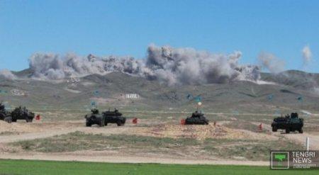 Решение министра обороны - Майкеев о проведении боевого парада в Отаре