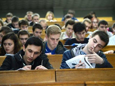 Вузам хотят разрешить самим определять стоимость обучения в Казахстане