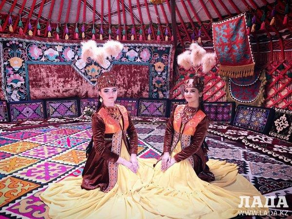 Ансамбль «Жорга» из Актау принял участие в международном танцевальном проекте «Той» в Стамбуле