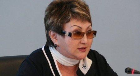 Айгуль Соловьева требует снять запрет на смартфоны для госслужащих