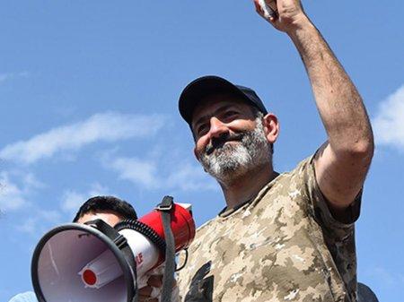 Лидер оппозиции официально выдвинут кандидатом на пост премьер-министра Армении