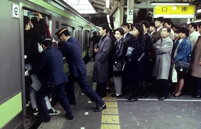 1526534319_tokyo-subway.jpg