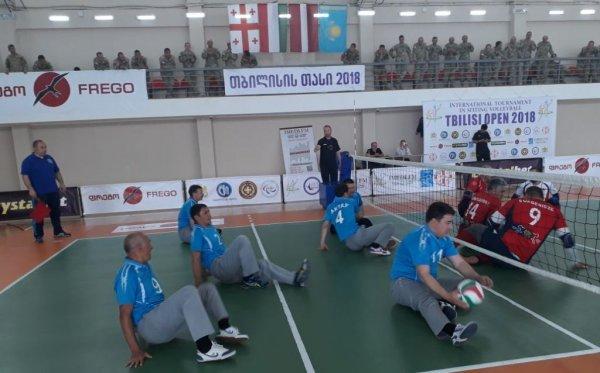 Мангистауские спортсмены-инвалиды выиграли международный турнир по волейболу сидя